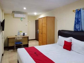 RedDoorz @ Jalan Japaris Medan Medan - RedDoorz Room KETUPAT