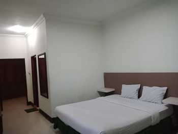 Grand Kubra Hotel Kendari - Deluxe Room Regular Plan