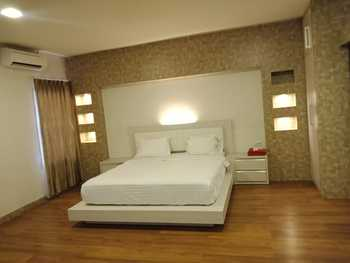 Grand Kubra Hotel Kendari - Junior Suite Room Regular Plan