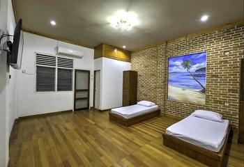Riverside Hostel Padang Padang - Deluxe Room Regular Plan