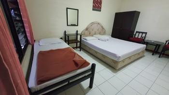 OYO 90132 Lie Mas Hotel Pasuruan - Suite Family Last Minute