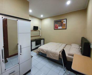 The Green Raff's Residence Tangerang - Deluxe Room Regular Plan