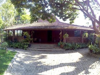Rumah Jamu Karang Kedemple Homestay Semarang - Joglo Karang Kedemple Regular Plan