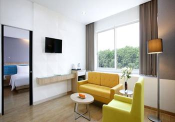 Santika Kelapa Gading - Executive Suite Room King Offer Last Minute Deal