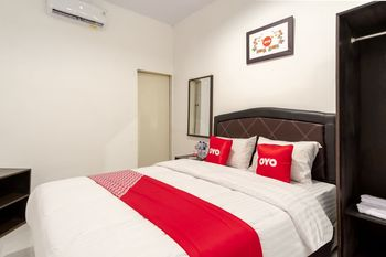 OYO 1507 Doriyu Homestay Medan - Standard Double Room Regular Plan