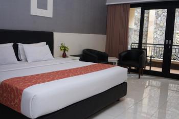 Luminor Hotel Jember Jember - Executive Room Breakfast Regular Plan