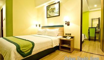 Green Batara Hotel Bandung - Deluxe Double Room Only Longstay Deals!