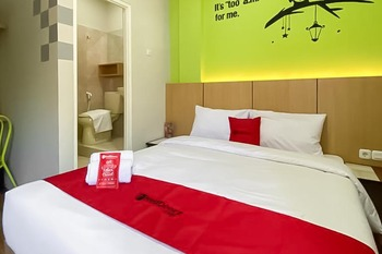RedDoorz @ Darmo Surabaya Surabaya - RedDoorz SALE 125K Regular Plan