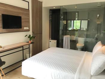 Daun Residence Bandung Bandung - Standard Room Only Weekday Sale - 25%