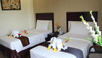 Hotel Narita  Tangerang - Deluxe Room with Breakfast,2 Tempat Tidur Twin Regular Plan