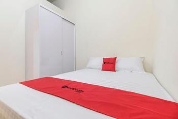 RedDoorz @ Tanjung Duren Jakarta - RedDoorz Room with Breakfast Basic Deal
