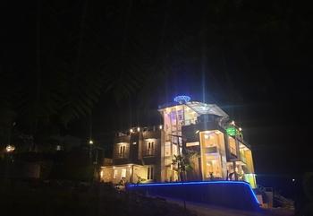 Villa Golden Pinus 7 Bedroom By DP Planet