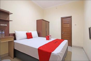 RedDoorz near Hartono Mall 3 Yogyakarta - RedDoorz SALE 125K Regular Plan