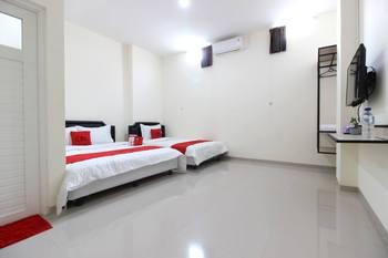 RedDoorz near Malioboro Mall 2 Yogyakarta - RedDoorz Family Room 24 Hours Deal