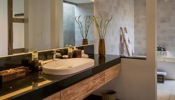 Purana Boutique Resort Bali - One Bedroom Pool Villa Regular Plan