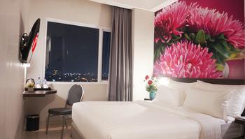 d'primahotel Panakkukang (Formerly Fave Hotel Panakkukang) Makassar - Superior Queen Breakfast Regular Plan