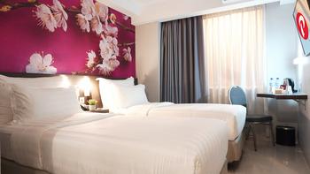 d'primahotel Panakkukang (Formerly Fave Hotel Panakkukang) Makassar - Superior Twin Breakfast Regular Plan
