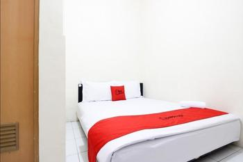 RedDoorz near Universitas Negeri Yogyakarta 2 - RedDoorz Room with Breakfast Regular Plan