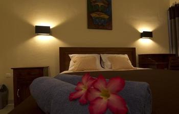 Donna Homestay Bali - Deluxe Room Regular Plan