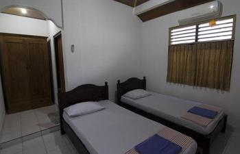 Donna Homestay Bali - Standard Room with AC Regular Plan