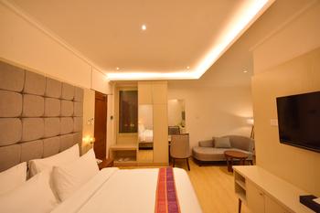 Inna Ombilin Heritage Hotel Sawahlunto - Legacy Queen Room (Room Only) Regular Plan