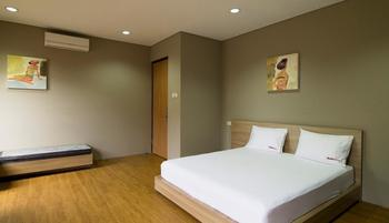 RedDoorz Plus @Permata Karawaci Jakarta - Reddoorz Room Special Promo Gajian!