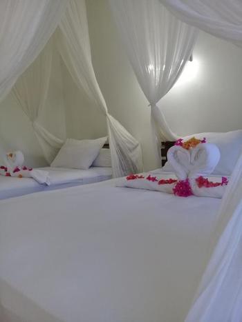 La Belle Etoile Hotel Manggarai Barat - Triple Bed Room Regular Plan