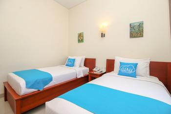 Airy Pantai Pede 8 Labuan Bajo Manggarai Barat - Deluxe Twin Room with Breakfast Regular Plan
