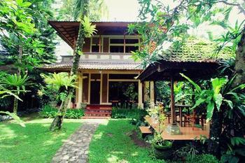 Alas Petulu Cottage
