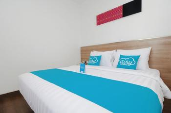 Airy Sudirman 429A Dumai - Deluxe Double Room with Breakfast Special Promo Mar 28