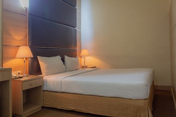 Hotel Mirah Jakarta - Standard Double Room Regular Plan