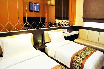 Favor Hotel Makassar - Deluxe - Room Only Regular Plan