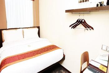 Favor Hotel Makassar - Junior Suite - Room Only Regular Plan