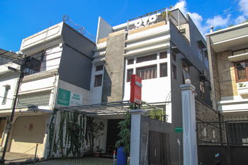 OYO 964 Bandung Central Guest House