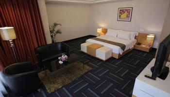 Merlynn Park Hotel Jakarta - Bulgari Suite With Breakfast Regular Plan