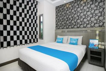Airy Pontianak Selatan WR Supratman 33 - Executive Double Room with Breakfast Special Promo 7