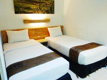 De Puri Boutique Hotel Surabaya - Standard Room discount