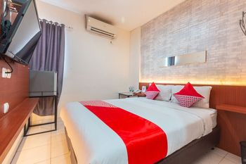 OYO 1737 Hotel Celvasha Jakarta - Standard Double Room Regular Plan