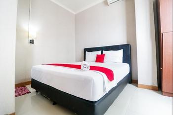 RedDoorz @Ranotana Manado Manado - RedDoorz Room Last Minute