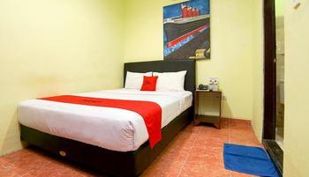 RedDoorz Plus @ Patimura Legian Bali - RedDoorz Standard Room Regular Plan