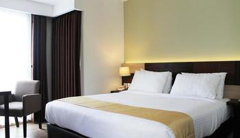 Hotel Gunawangsa MERR Surabaya - Deluxe Room Only Book And Save 8% Regular Plan