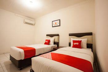 OYO 1084 Hotel Cirasa Syariah Medan - Standard Twin Room Regular Plan