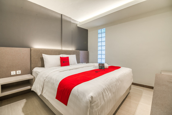 RedDoorz Plus near Akademi Kepolisian Semarang 3 Semarang - RedDoorz Room Basic Deal