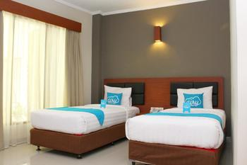 Airy Pantai Sanur Danau Tamblingan 50 Denpasar Bali - Superior Twin Room with Breakfast Special Promo Apr 28