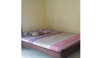 Kunden Kost Blora - Standard Room with Fan Regular Plan