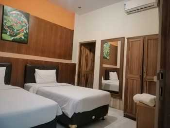 Nirvana Inn Jembatan Merah Jogja - Standard Twin Room Only Regular Plan