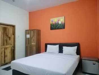Nirvana Inn Jembatan Merah Jogja - Deluxe Double Room Only Regular Plan