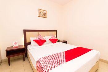 OYO 1447 Lovina Inn - Nagoya Batam Batam - Standard Double Room Regular Plan