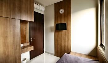Oliver's Guest House Tangerang - Standard Room MLOS 2D 44%