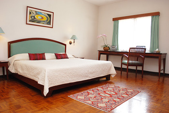 Puri Setiabudhi Bandung - Family Corner 3 Bedrooms Room Only Family RO